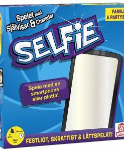 WOW Entertainment Selfie