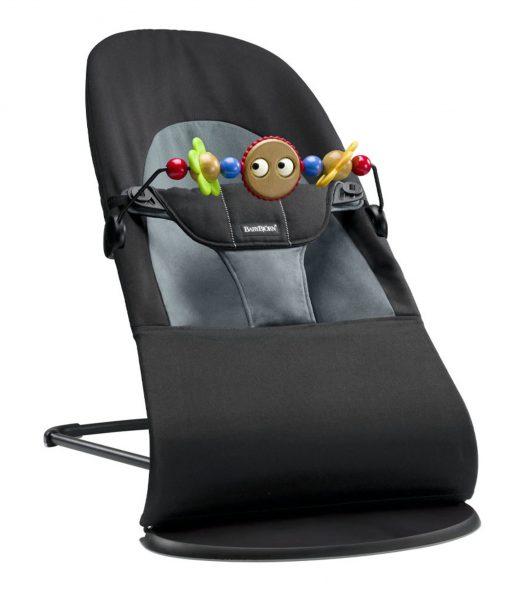 Babysitter med leksak