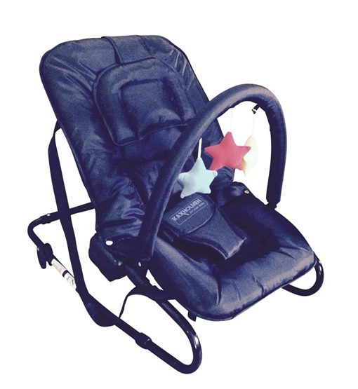 Kaxholmen – Babysitter Med Lekbåge Och Huvudkudde – Svart